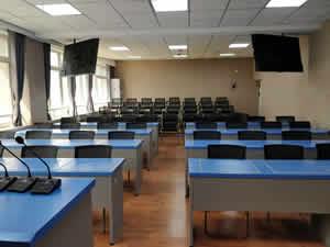 西安理工大学课桌椅图片