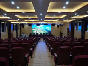 贵州贵阳市开阳县合丰乡明族中学礼堂椅案例图片