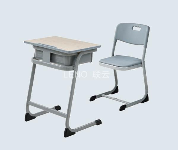 学生课桌椅定制