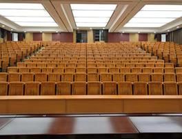 广西陆川县第二中学阶梯排椅案例
