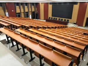广西陆川县第二中学阶梯排椅案例图片
