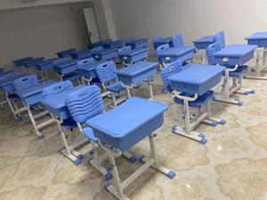 广西学生课桌椅案例图片