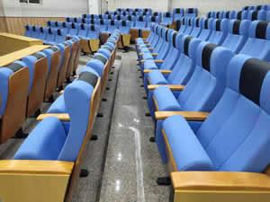 西樵中学礼堂椅图片