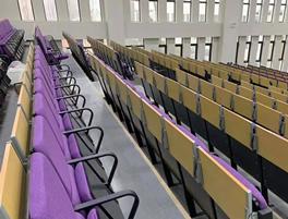江苏南京某中学礼堂椅