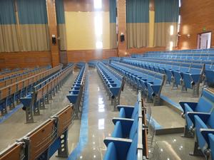 锡林浩特第五小学阶梯排椅图片