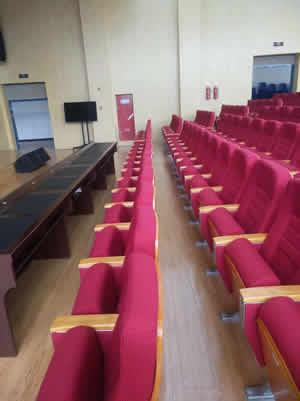 江西九江市柴桑新区小学礼堂椅系列图片