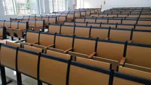 广西藤县第三中学阶梯排椅图片